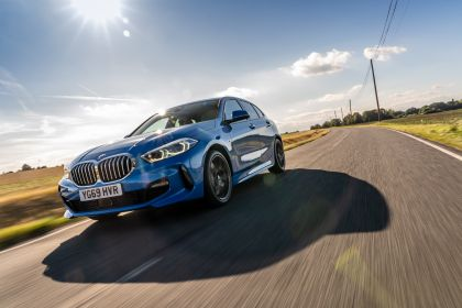 2020 BMW 118d ( F40 ) Sportline - UK version 6