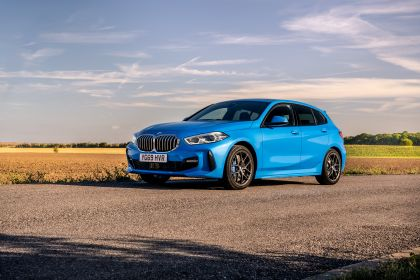 2020 BMW 118d ( F40 ) Sportline - UK version 9