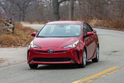 2019 Toyota Prius LE 1