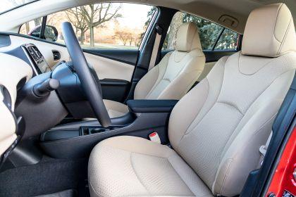 2019 Toyota Prius LE 9