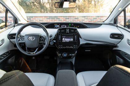 2019 Toyota Prius L Eco 5