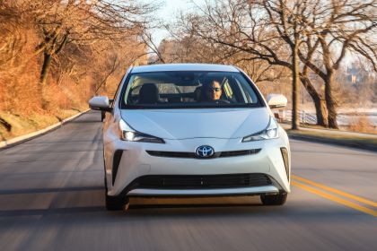 2019 Toyota Prius Limited 3
