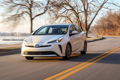 2019 Toyota Prius Limited 4