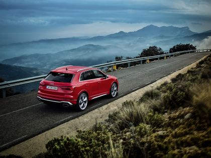 2020 Audi RS Q3 11