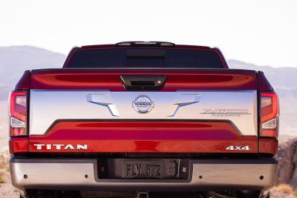 2020 Nissan Titan Platinum Reserve 18