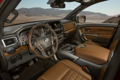 2020 Nissan Titan Platinum Reserve 28