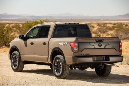 2020 Nissan Titan PRO-4X 10