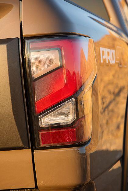 2020 Nissan Titan PRO-4X 26