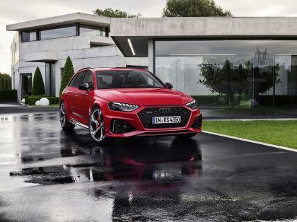 2020 Audi RS 4 Avant 1
