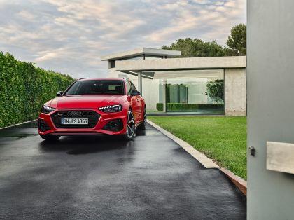 2020 Audi RS 4 Avant 4