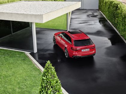 2020 Audi RS 4 Avant 8