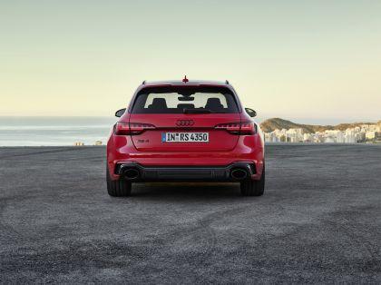 2020 Audi RS 4 Avant 14