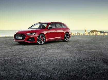 2020 Audi RS 4 Avant 15