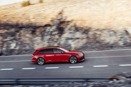 2020 Audi RS 4 Avant 21