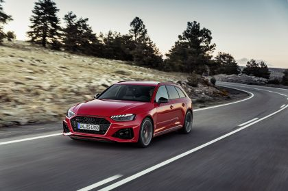 2020 Audi RS 4 Avant 25