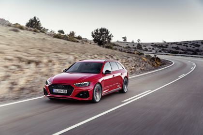 2020 Audi RS 4 Avant 26