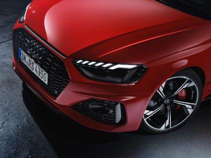 2020 Audi RS 4 Avant 38