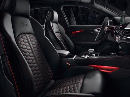 2020 Audi RS 4 Avant 43
