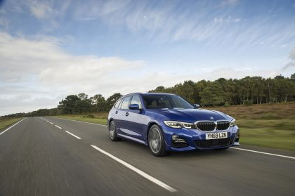 2020 BMW 320d ( G21 ) xDrive touring - UK version 1