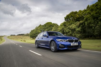 2020 BMW 320d ( G21 ) xDrive touring - UK version 2