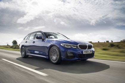 2020 BMW 320d ( G21 ) xDrive touring - UK version 4