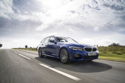 2020 BMW 320d ( G21 ) xDrive touring - UK version 5