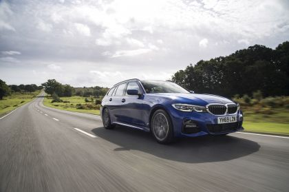 2020 BMW 320d ( G21 ) xDrive touring - UK version 8