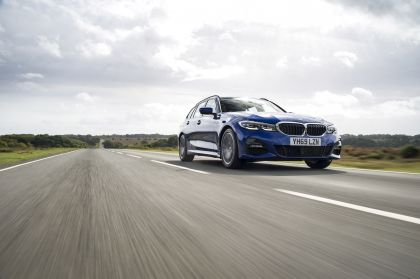 2020 BMW 320d ( G21 ) xDrive touring - UK version 10