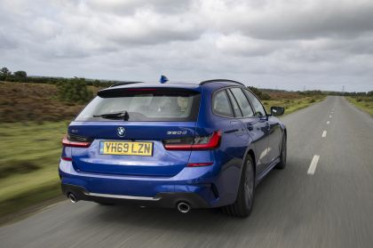 2020 BMW 320d ( G21 ) xDrive touring - UK version 13