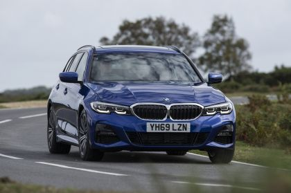 2020 BMW 320d ( G21 ) xDrive touring - UK version 17