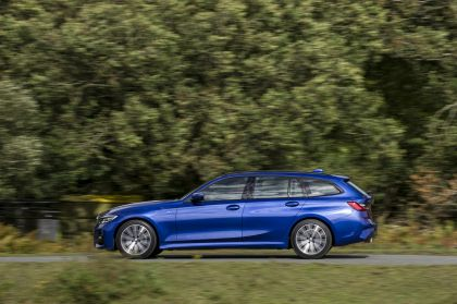 2020 BMW 320d ( G21 ) xDrive touring - UK version 19