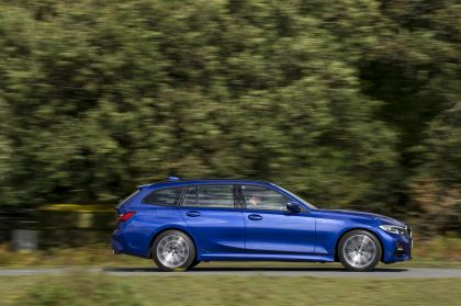 2020 BMW 320d ( G21 ) xDrive touring - UK version 20