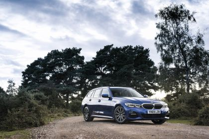 2020 BMW 320d ( G21 ) xDrive touring - UK version 23