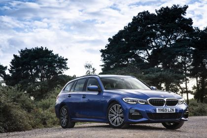 2020 BMW 320d ( G21 ) xDrive touring - UK version 24