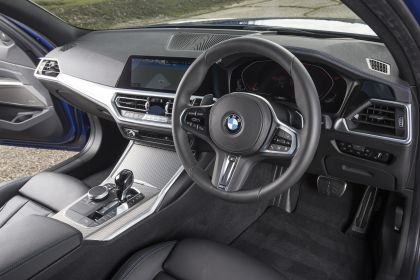2020 BMW 320d ( G21 ) xDrive touring - UK version 44
