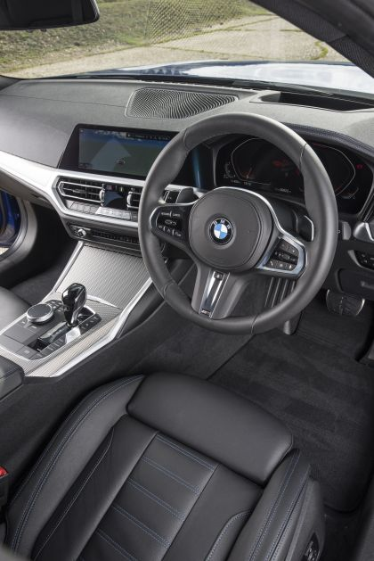 2020 BMW 320d ( G21 ) xDrive touring - UK version 45