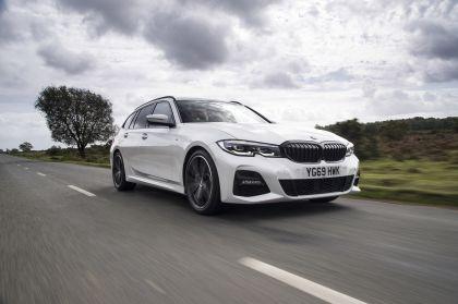 2020 BMW 330i ( G21 ) xDrive touring - UK version 5