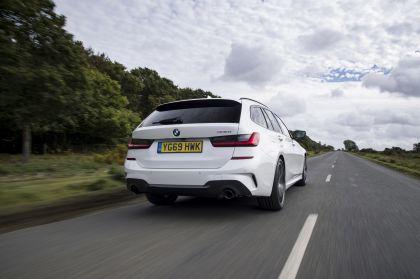 2020 BMW 330i ( G21 ) xDrive touring - UK version 14