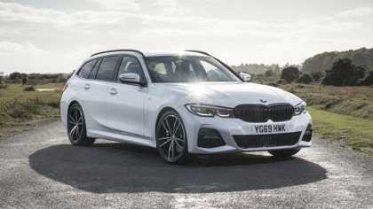 2020 BMW 330i ( G21 ) xDrive touring - UK version 3