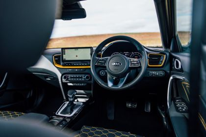 2020 Kia XCeed 1.4 T-GDi First Edition - UK version 75