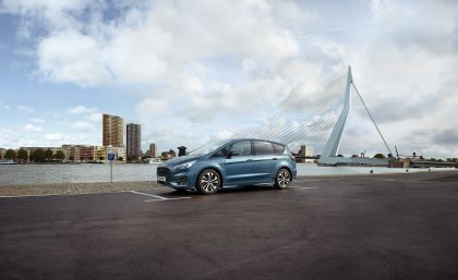 2019 Ford S-Max 4