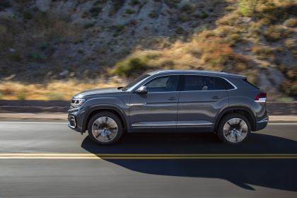 2020 Volkswagen Atlas Cross Sport 8