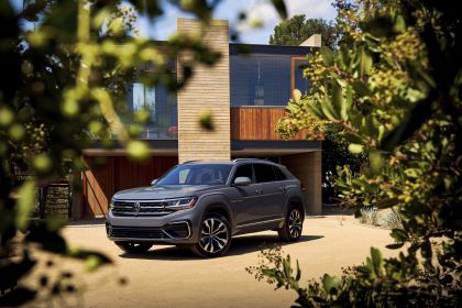 2020 Volkswagen Atlas Cross Sport 18