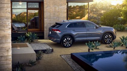 2020 Volkswagen Atlas Cross Sport 20