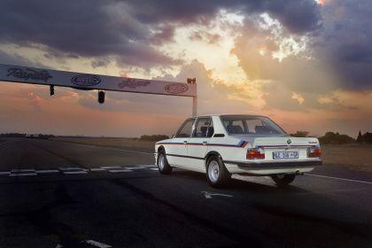 1976 BMW 530 ( E12 ) MLE ( restored in 2019 ) 10