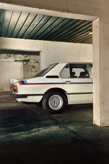 1976 BMW 530 ( E12 ) MLE ( restored in 2019 ) 15