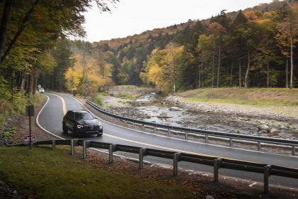 2020 Mercedes-AMG GLC 63 S 4Matic+ - USA version 27