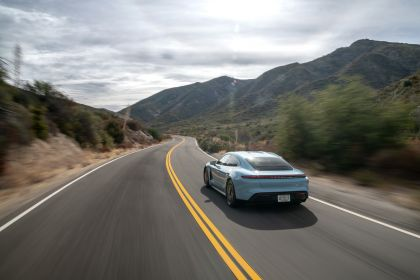 2020 Porsche Taycan 4S 23
