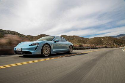 2020 Porsche Taycan 4S 28