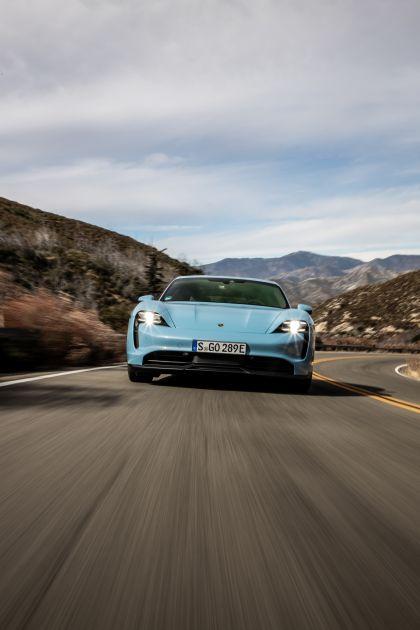 2020 Porsche Taycan 4S 34